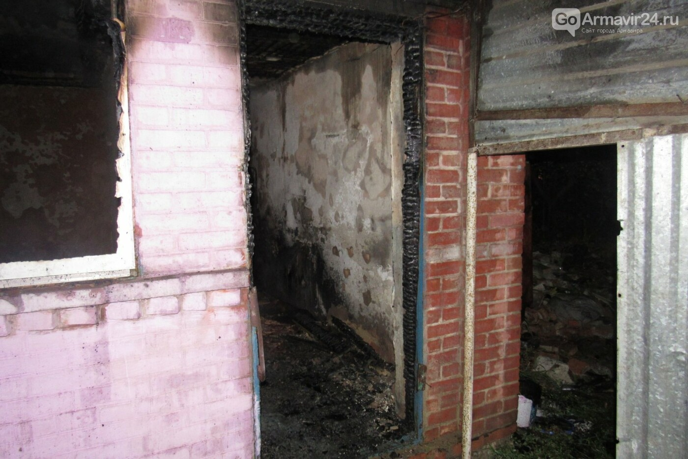 Двое мужчин погибли в результате пожара в Старой Станице, фото-1