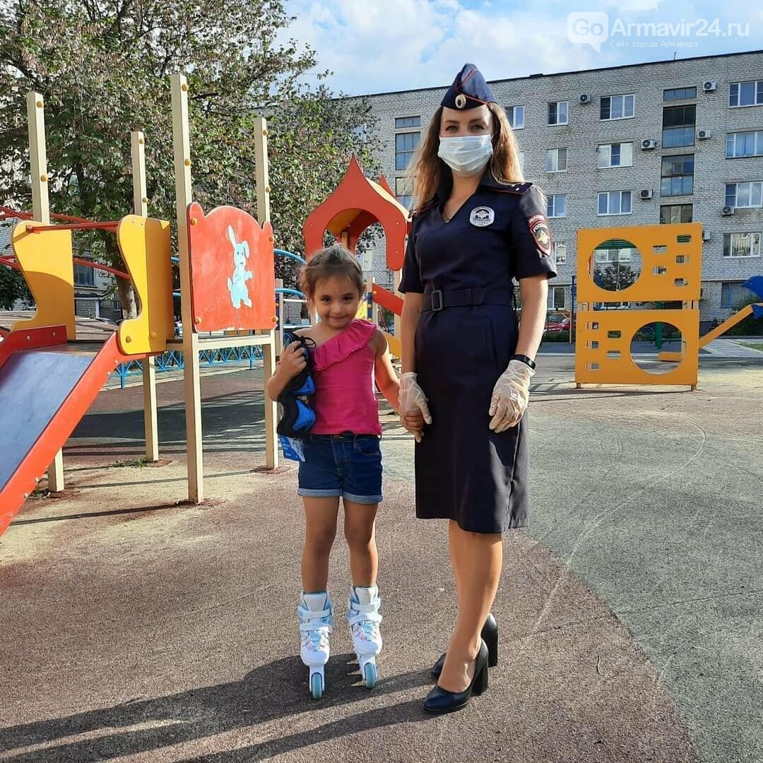 Детская безопасность: сотрудники госавтоинспекции Армавира напомнили детям правила ПДД, фото-1