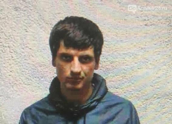 В Армавире после стрельбы в кафе троих подозреваемых объявили в федеральный розыск, фото-2